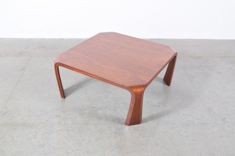 Coffee Table Designed by Saburo Inui for Tendo Mokko, Japan, circa 1960 For Sale 1