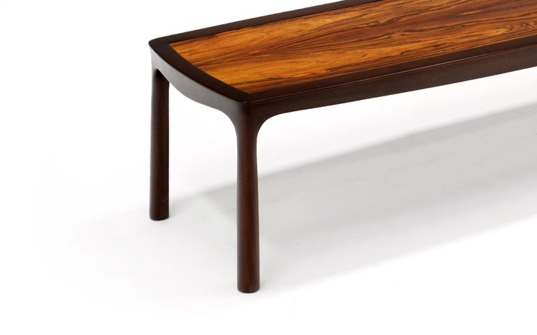 Coffee Table in Rosewood and Mahogany by Edward Wormley for Dunbar, Signed In Excellent Condition For Sale In Kansas City, MO