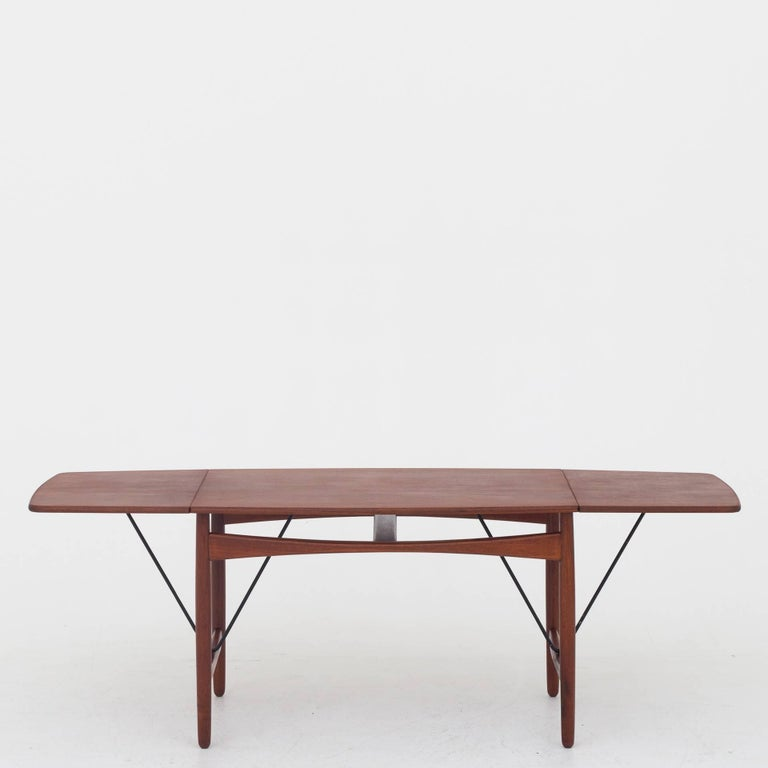 20th Century Coffee Table in Teak by Ejnar Larsen & Aksel B. Madsen For Sale