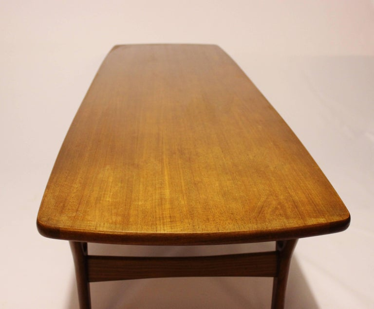 Mid-20th Century Coffee Table in Teak of Danish Design from the 1960s For Sale