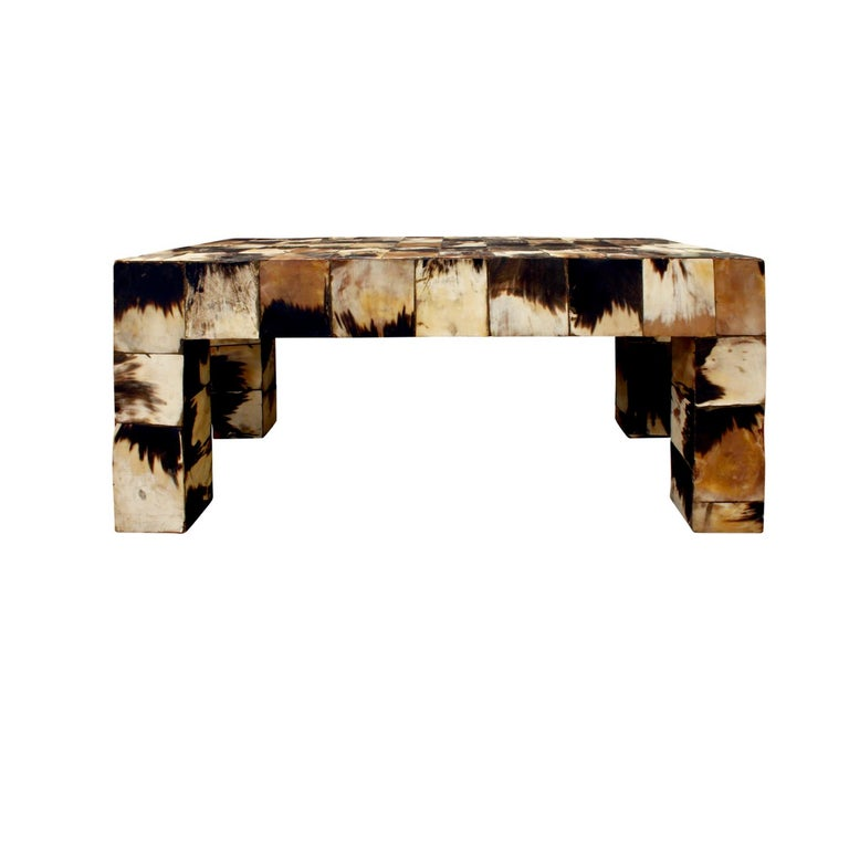 Coffee table in tessellated horn, custom design, American 1970s. The organic nature of horn makes this table a work of art.
