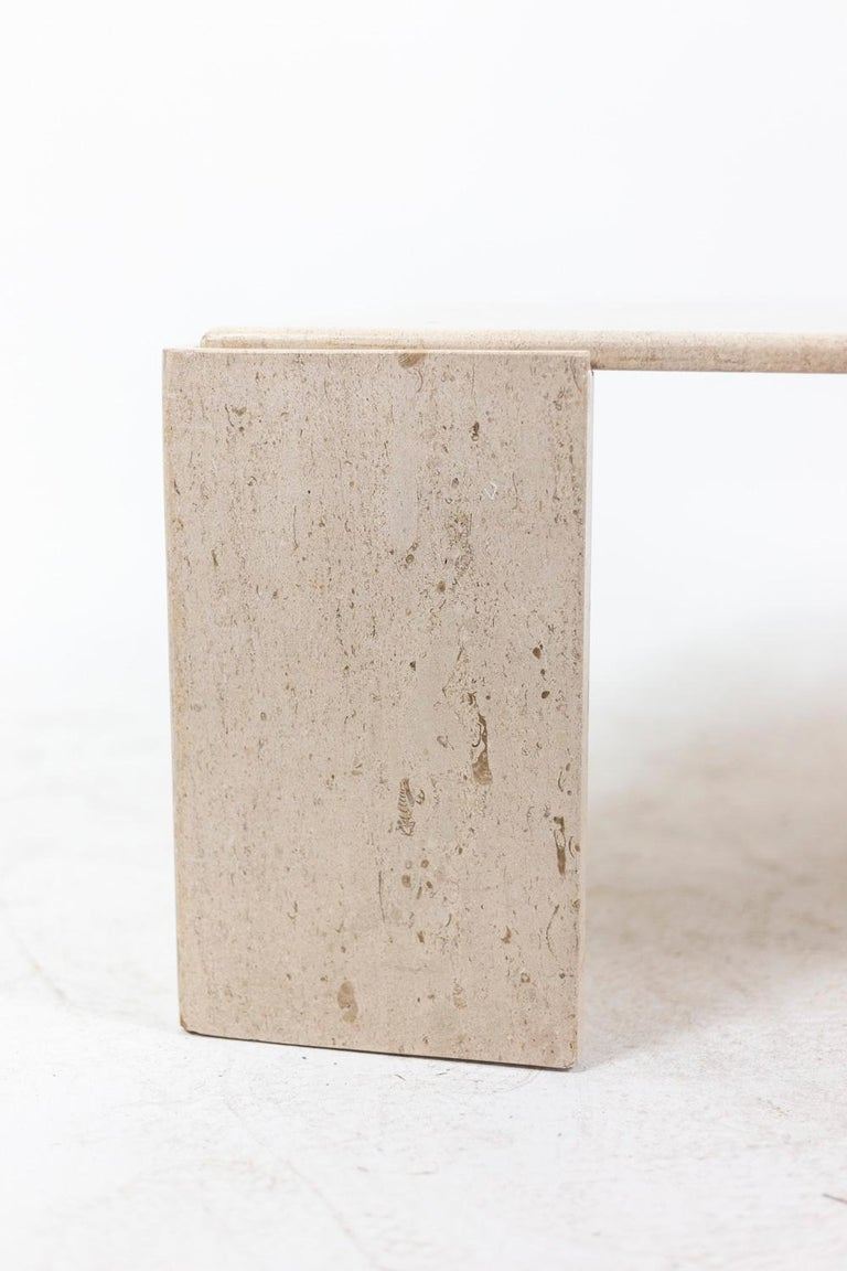Coffee Table in Travertine, 1970s For Sale 1