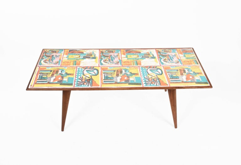 Plastic  Low coffee table for living room. Printed wood. Attributable to De Poli Italy  For Sale