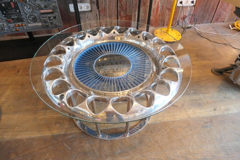 Coffee Table Made from an Engine's Aircraft Crown of Injectors 2