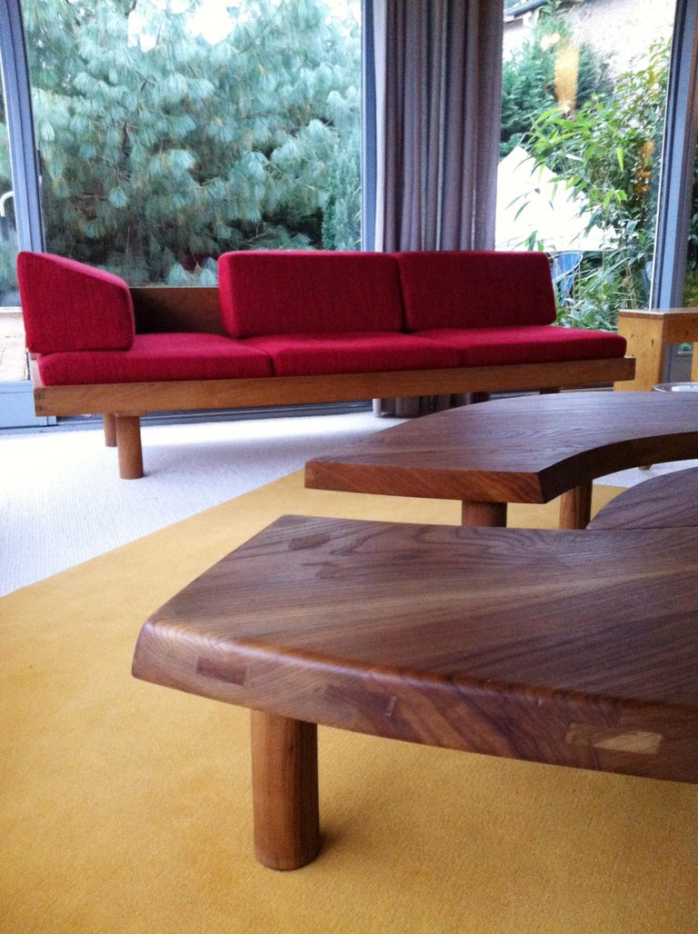 Coffee Table Model 'T 22 S' French Solid Elm, 1965 In Good Condition For Sale In Lyon, FR