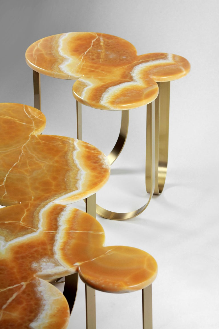 Coffee Table Modern Orange Onyx Brass Circular Italian Design For Sale 7