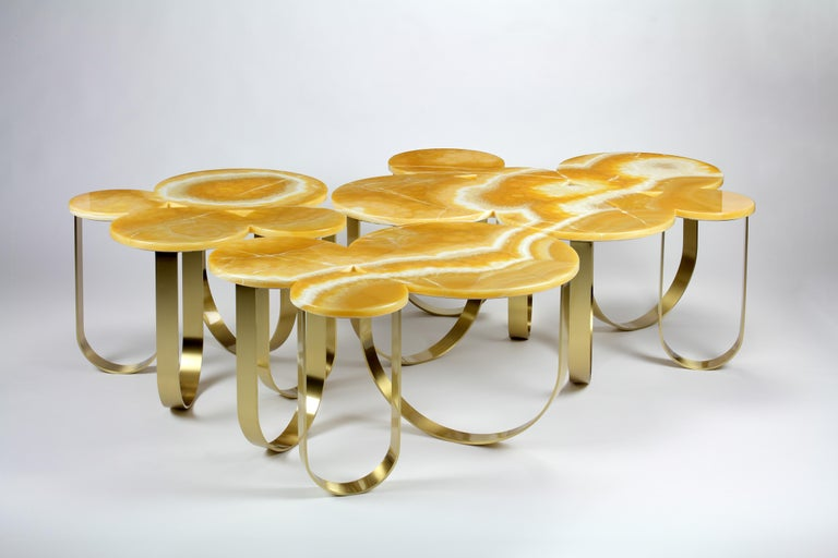 Modern Coffee Table Orange Onyx Brass Circular Composable Contemporary Italian Design For Sale