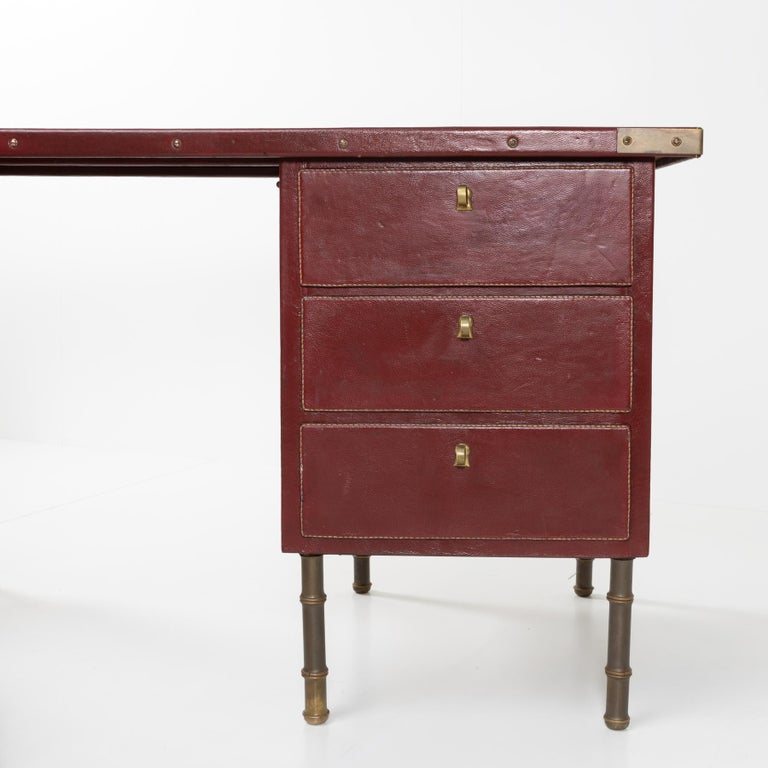Mid-20th Century Coffered Desk with Its Matching Chair in the Shape of a Horse Saddle For Sale