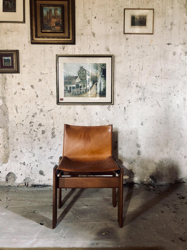 """Cognac Leather """"Monk"""" Chairs, Afra & Tobia Scarpa Design for Molteni, Set of 8 For Sale 5"""