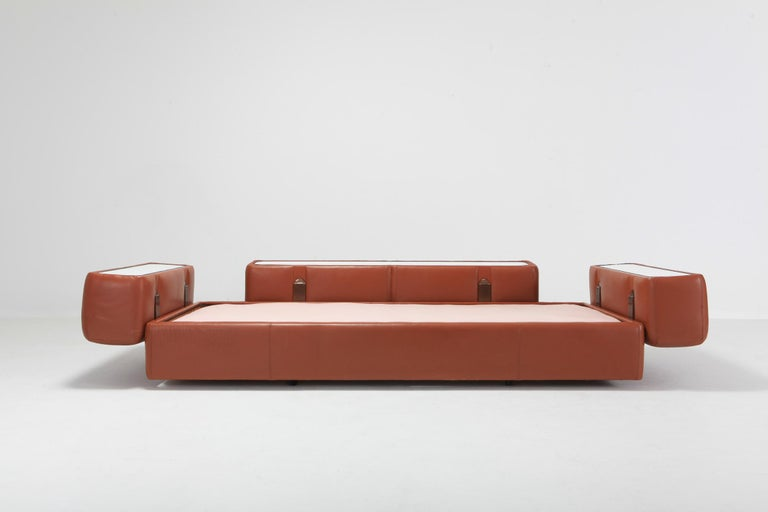 Cognac Leather Sofa by Tito Agnoli for Cinova In Good Condition For Sale In Antwerp, BE