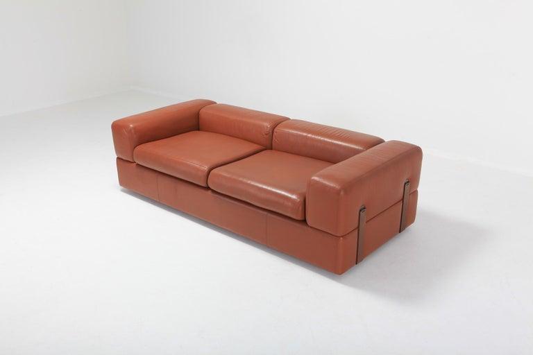 Cognac Leather Sofa by Tito Agnoli for Cinova For Sale 1