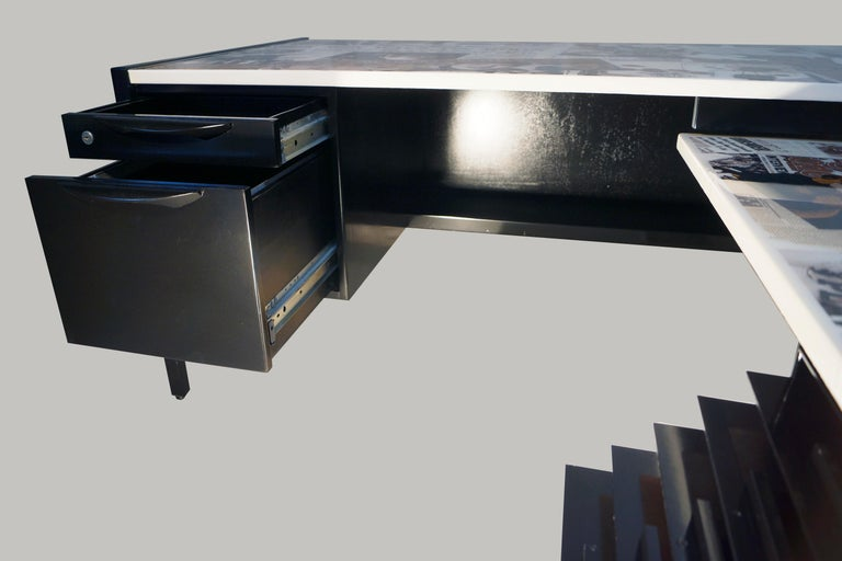 Collaged Mid-Century Modern L-Shaped Black Lacquered Desk by Jens Risom For Sale 4