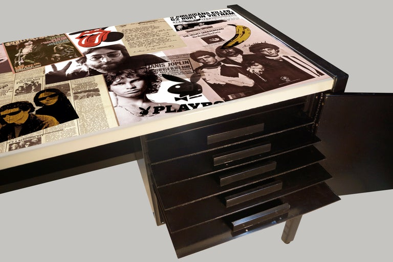 Collaged Mid-Century Modern L-Shaped Black Lacquered Desk by Jens Risom For Sale 2