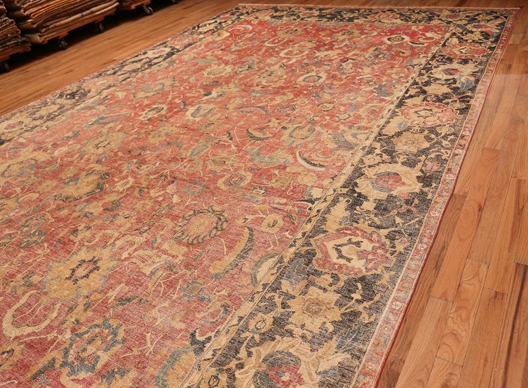 Collectible 17th Century Persian Esfahan Rug. Size: 11 ft 4 in x 30 ft For Sale 3