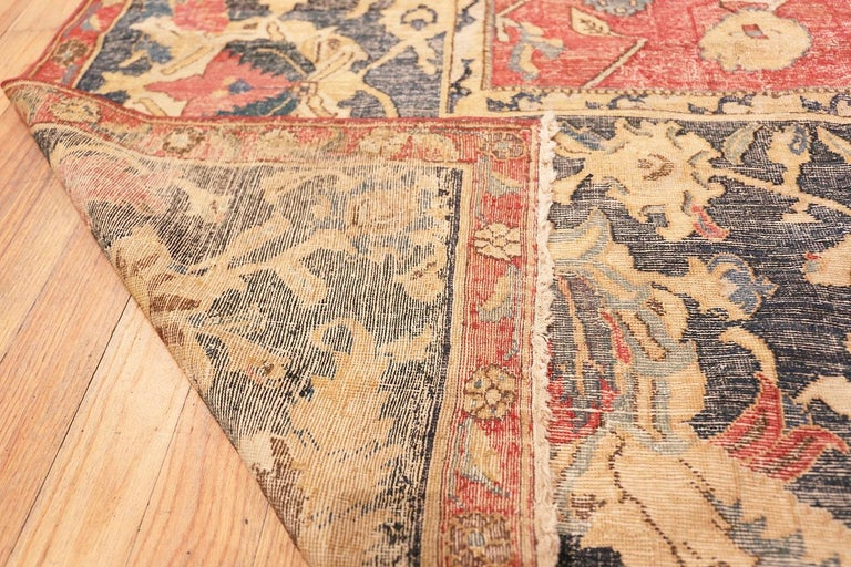 Collectible 17th Century Persian Esfahan Rug. Size: 11 ft 4 in x 30 ft For Sale 2