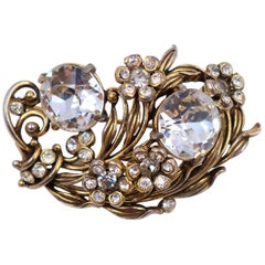 Collectible Hollycraft Brooch 1950s
