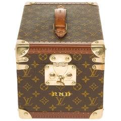 Collectible Louis Vuitton Vanity Case in monogram Canvas
