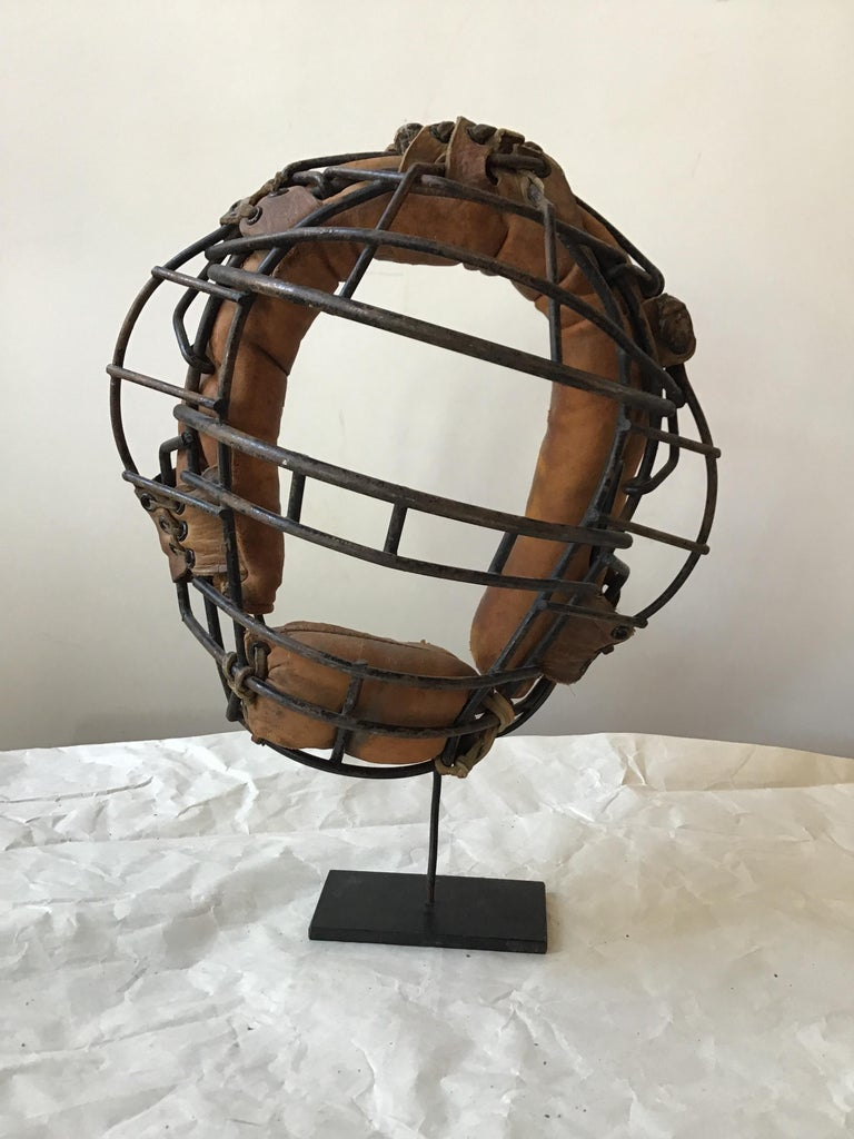 Collection Of 8  Baseball Gloves And Catchers Masks From The 1940s For Sale 6