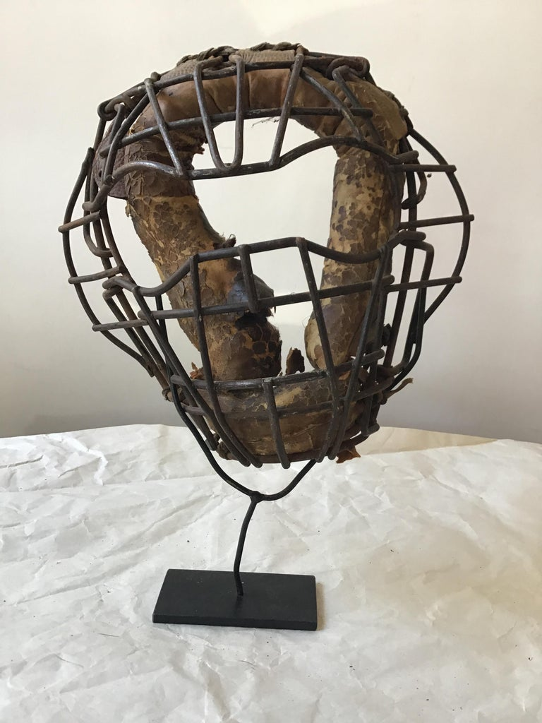 Collection Of 8  Baseball Gloves And Catchers Masks From The 1940s For Sale 10