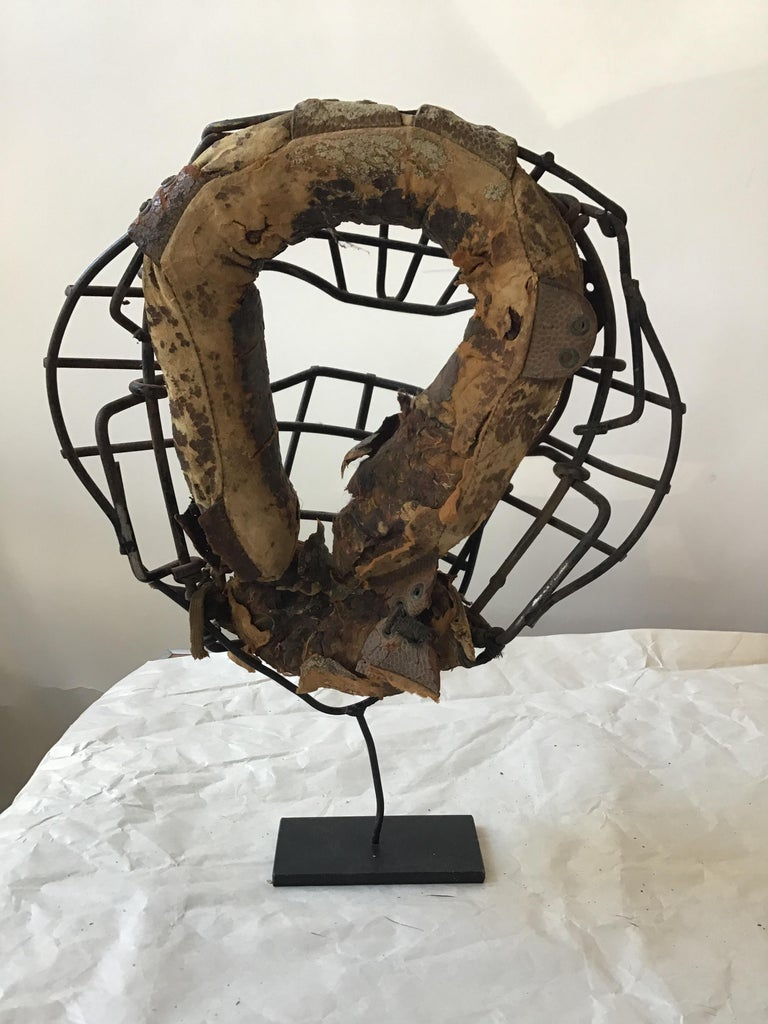 Collection Of 8  Baseball Gloves And Catchers Masks From The 1940s For Sale 11