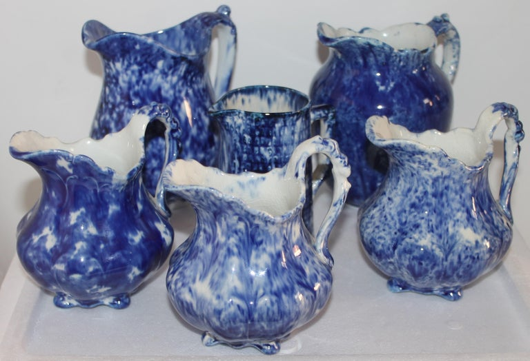 Adirondack Collection of 19thc Sponge Ware Pitchers, 6 Pieces For Sale