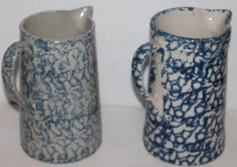 Collection of 19th Century Sponge Ware Pottery Pitchers-4 In Good Condition In Los Angeles, CA