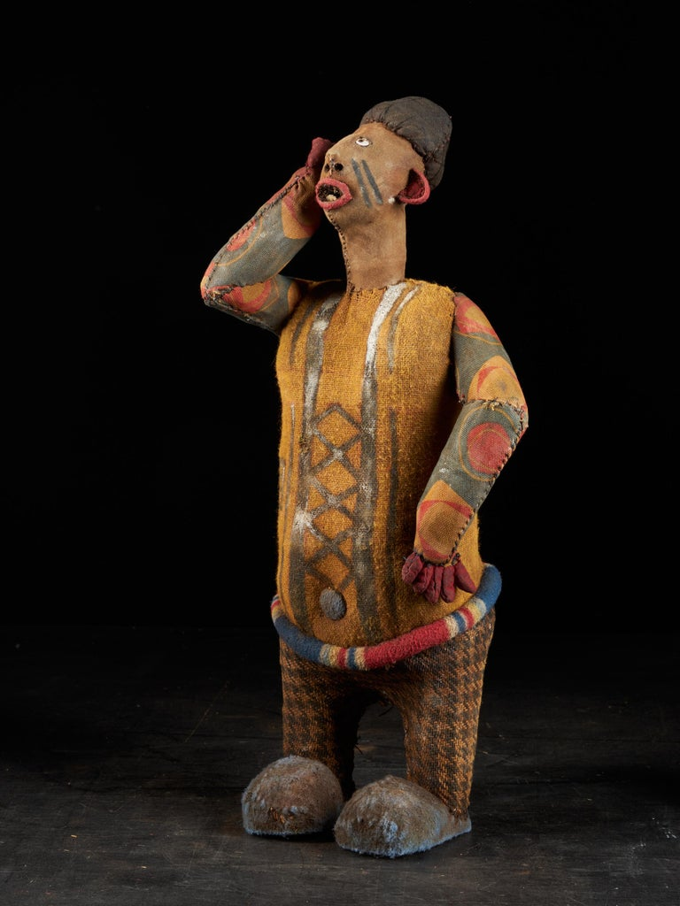 Congolese Collection of 20 Decorative and Very Expressive Bembe Mudzini Reliquary Figures For Sale