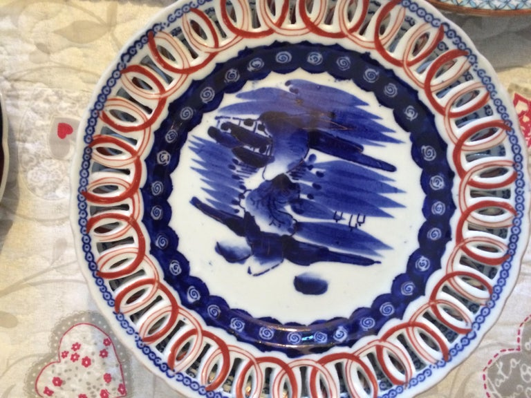 Collection of 7 Imari Chargers Various Motifs In Good Condition For Sale In Arles, FR