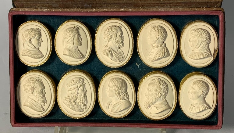 Collection of Early 19th Century Italian Intaglios In Excellent Condition For Sale In Kilmarnock, VA