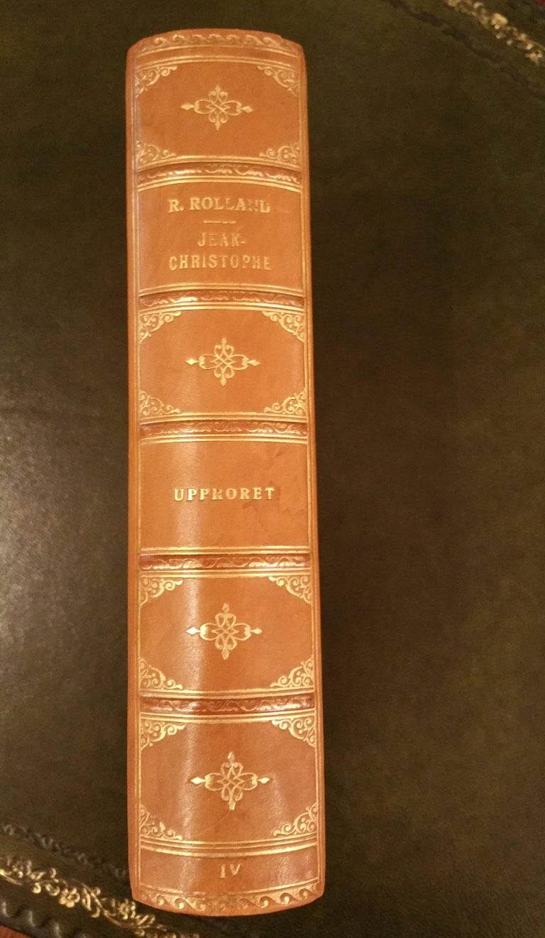 Collection of Five Leather Bound Books, Series 129 In Good Condition For Sale In London, GB