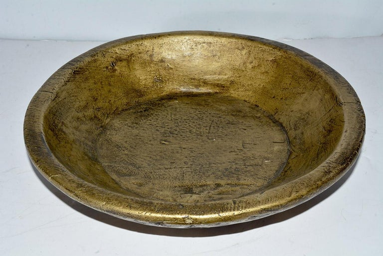 Collection of Gold Giltwood Serving Bowls In Good Condition For Sale In Great Barrington, MA