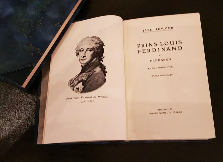 Collection of Leather Bound Books, Series 133 In Good Condition For Sale In London, GB