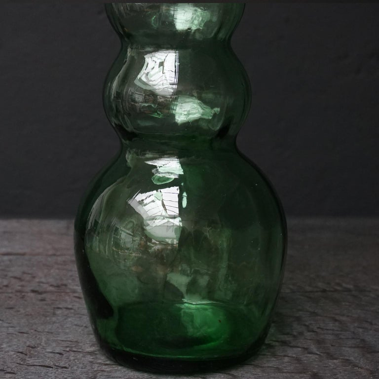 Collection of Six Large 1970s Green Glass Italian Chianti Bottles For Sale 6