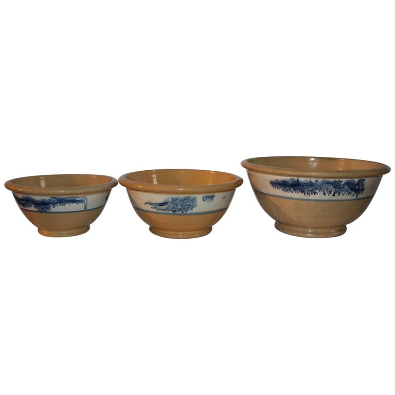 Collection of Three 19th Century Mocha Yellow Ware Bowls For Sale