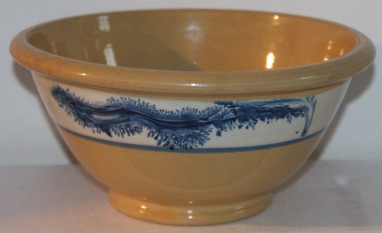 American Collection of Three 19th Century Mocha Yellow Ware Bowls For Sale