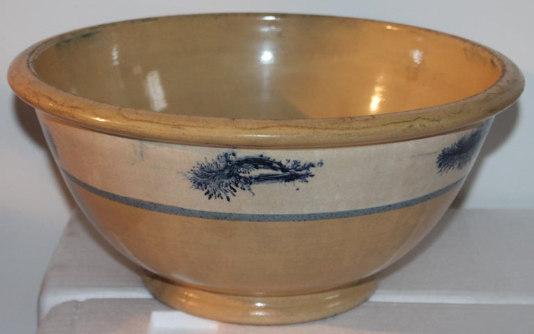 Pottery Collection of Three 19th Century Mocha Yellow Ware Bowls For Sale