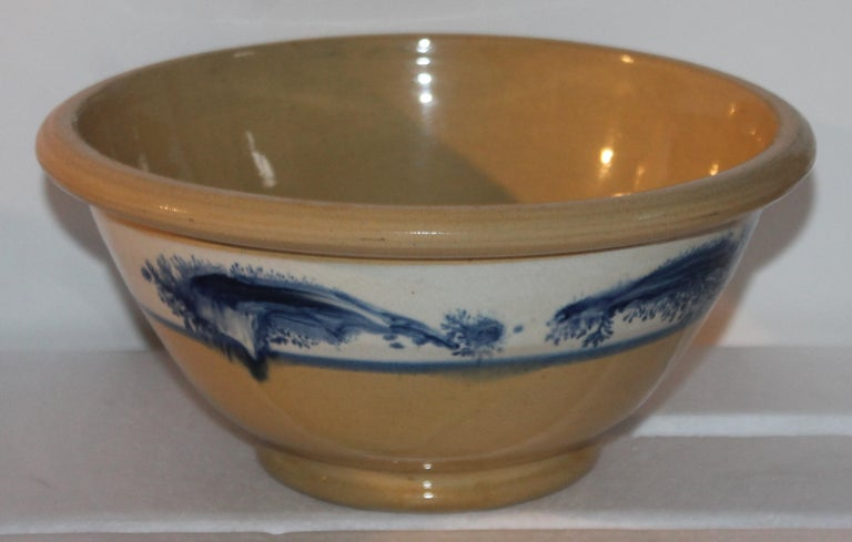 Collection of Three 19th Century Mocha Yellow Ware Bowls For Sale 2