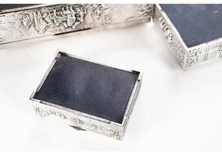 Collection of Three Silver Plate Cigarette Boxes Decorated with Genre Scenes For Sale 8