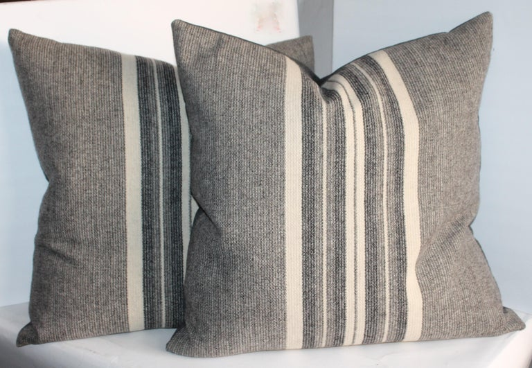 American Classical Collection of Two Pairs of Grey Stripe Woven Pillows For Sale