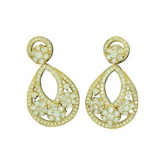 Collection White Diamond '2.57 Ct' & Yellow Gold Fashion Dangling Drop Earrings