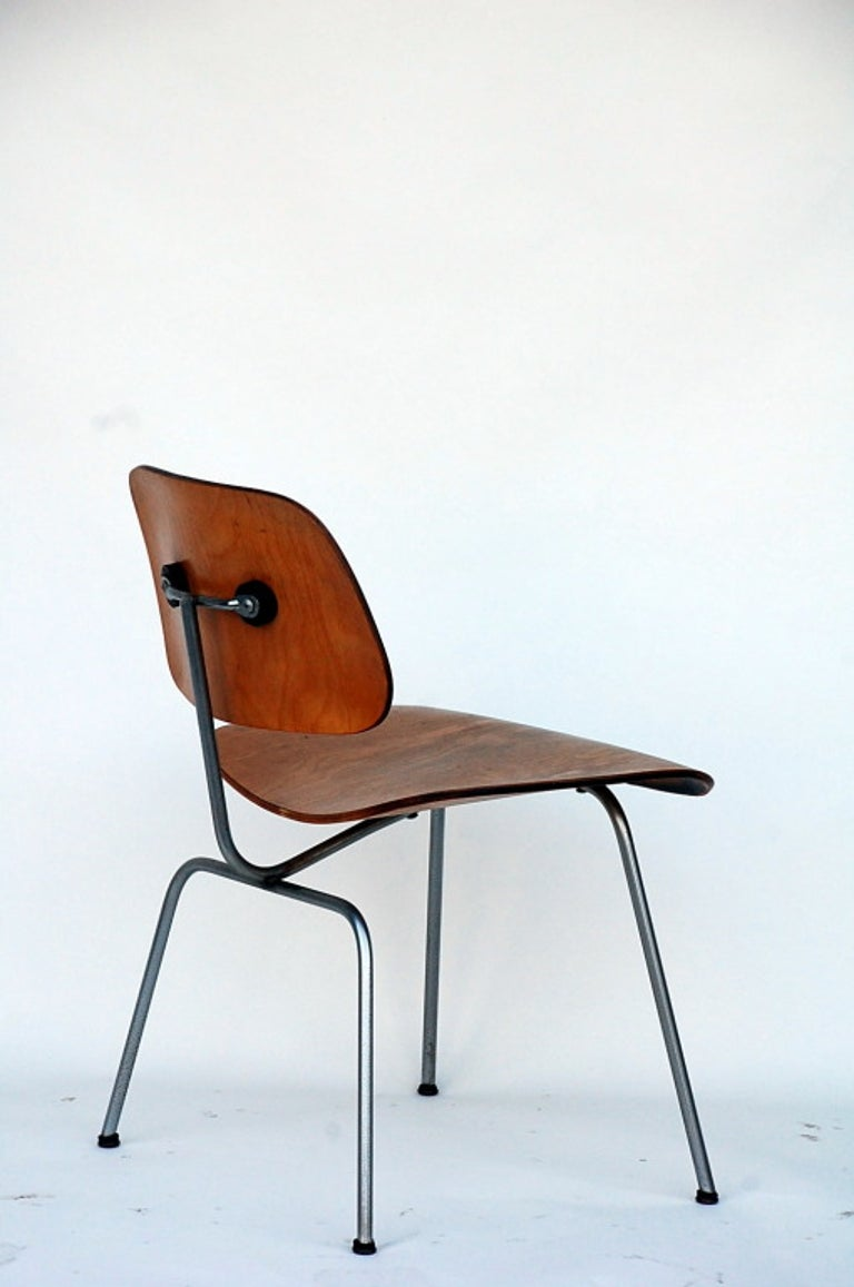 Steel Collector's Early Eames DCM Chair For Sale