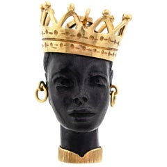 Collector's Piece, Blackamoor 18 Karat Yellow Gold Pendant