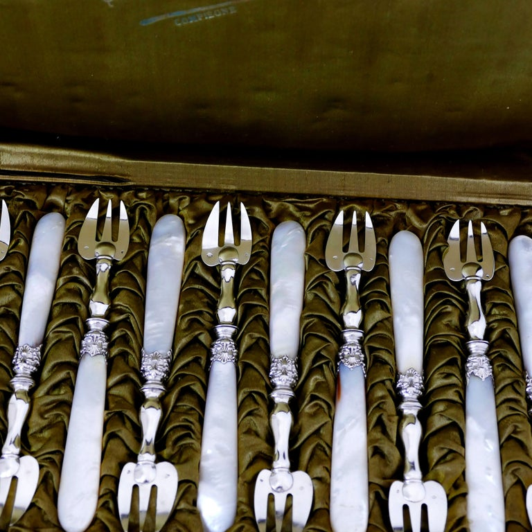 Late 19th Century Collet French Sterling Silver and Mother-of-pearl Oyster Forks Set 12 Pc, Box For Sale