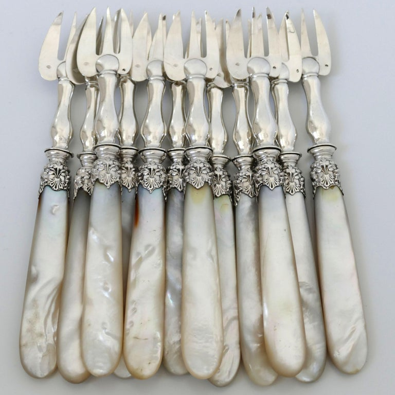 Collet French Sterling Silver and Mother-of-pearl Oyster Forks Set 12 Pc, Box For Sale 1