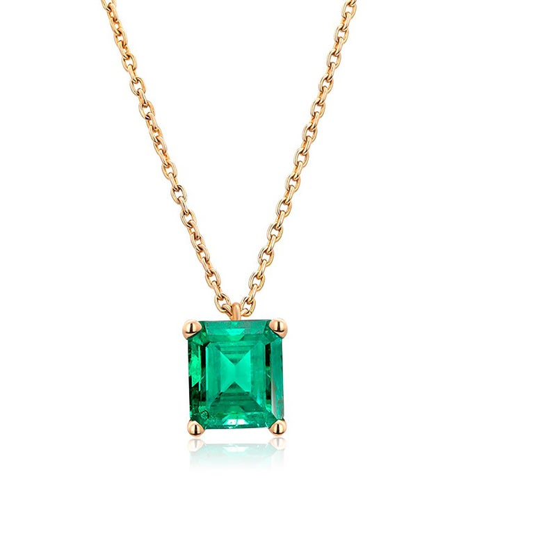 Modern Colombia Green Emerald Yellow Gold Drop Pendant Necklace For Sale