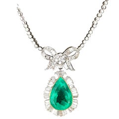 Colombian 15.36 Carat Emerald Lavaliere Necklace with 5.72 Carat Diamonds