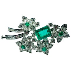 Colombian 7 Carat Emerald Pierre de la Courte Brooch