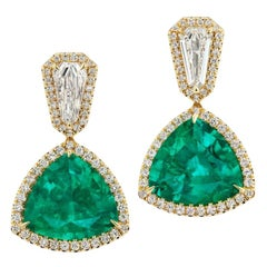 Takat 16.53 Cts Colombian Emerald And Diamond Earring In 18K White Gold