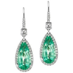 Colombian Emerald And Diamond Earring In 18K Gold By RayazTakat