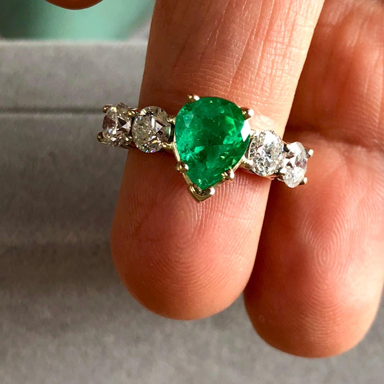 Contemporary Colombian Emerald and Diamond Engagement Ring 14 Karat For Sale
